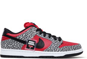 2012: Supreme/Nike, SB Dunk Low